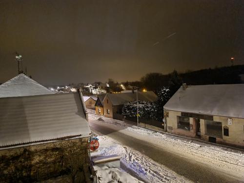 Zimní Chotutice a okolí