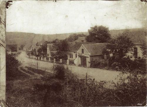 Ulice Průběžná - pohled odkřížku (začátek 20.století)